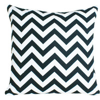 Black and White Zigzag Pillows 18x18 by PillowThrowDecor on Etsy