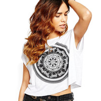 Printed Short Sleeve Graphic Cropped Tee