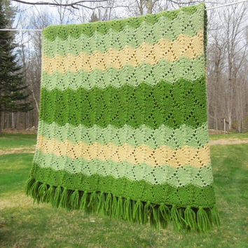 """Vintage green moss yellow crochet afghan blanket throw 72"""" x 54"""" (Special price)"""