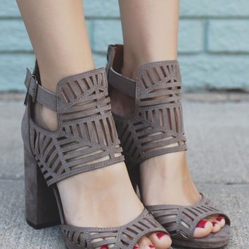 Fifth Avenue Heels - Taupe