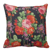 Vintage roses pattern pillow