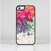 The Vintage WaterColor Droplets Skin-Sert for the Apple iPhone 5c Skin-Sert Case