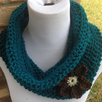 Free US shipping - Teal Blue Infinity Chunky Cowl Scarf With Flower, Gift Idea, Crochet, Neckwarmer, Womens Acccessory, Super Soft & Warm