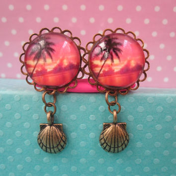 "Pair of Pink Sunset Plugs with Brass Seashell Charms - Handmade Girly Gauges - 8g, 6g, 4g, 2g, 0g, 00g, 7/16"", 1/2"". 9/16"", 5/8"", 3/4"""