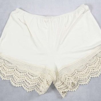 Shorts Extender W/Lace.