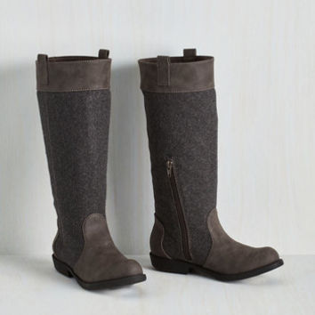Rustic Front Page Feature Boot Size 7.5 by Blowfish from ModCloth