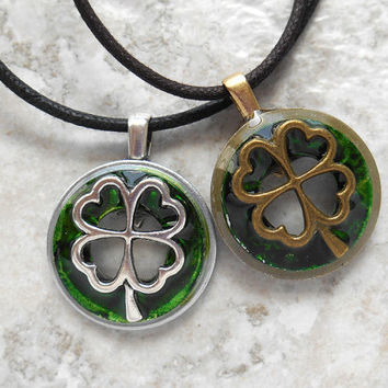 four leaf clover necklace: set of 5 - wedding party - groomsmen gift - irish wedding - best man gift - father of the bride gift - groom gift