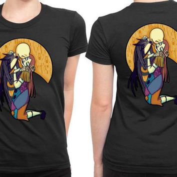 DCCKL83 A Kiss Before Christmas Jack And Sally 2 Sided Womens T Shirt