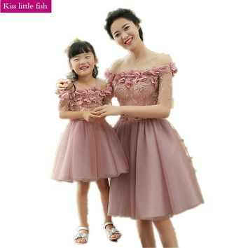 019  Free shipping  Flower girl dresses Original design Mother daughter gowns sexy children images