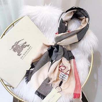 Burberry Classic Popular Woman Men Comfortable Cashmere Sunscreen Cape Scarf Scarves Shawl Accessories Khaki