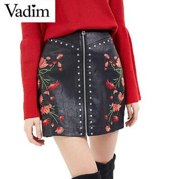 DCCKDZ2 Women PU leather flower embroidery zipper skirts rivet design faldas European style fashion streetwear black mini skirts BSQ512