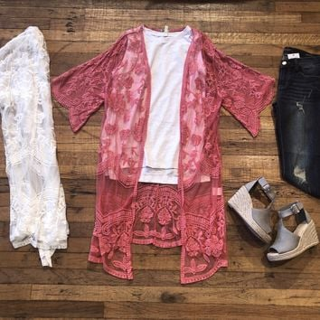 Sammy Lace Duster Kimono in White and Berry