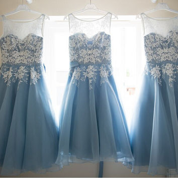A-Line Scoop Chiffon Short Blue Homecoming Dress With Appliques