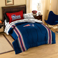 New England Patriots NFL Embroidered Comforter Twin-Full (Contrast Series) (64 x 86)
