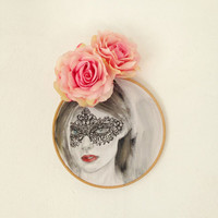 Painting of women - Portrait of a girl with black mask - Venetian mask - Burlesque - hoop art