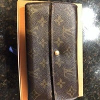DCCKIN2 Authentic Louis Vuitton Monogram Long Wallet