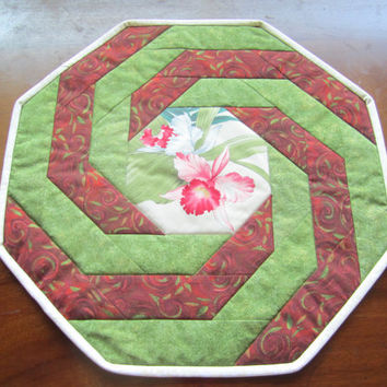 Hexagonal Orchid Table Topper