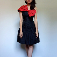 80s Prom Dress Red Black Bow Dress One Shoulder LBD Party Dress Fit and Flare Gunne Sax Dress Jessica McClintock - Extra Extra Small XXS