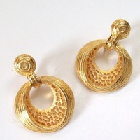 Vintage Goldtone Drop Earrings