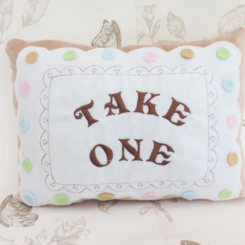 "Alice in wonderland ""tale one"" growing cake square pillow white"