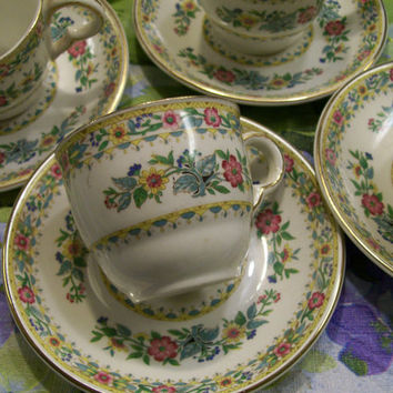 English Teacups and Saucers Maddock Set of 6 Vintage Delicate