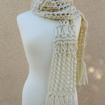 Knit White Scarf, Chunky Scarf, Drop Stitch Scarf, Big Lace Scarf, Cream White Scarf, Fringe White Scarf