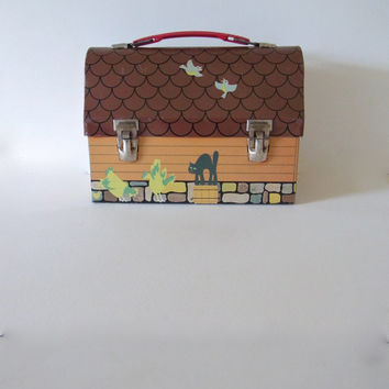 vintage lunchbox *rare* / red barn domed metal lunchbox / vintage lunch box / 1971 / 1970s lunch box /