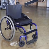 "Quickie  Q7 Rigid Manual Wheelchair - Blue - 18"" x 17"" - DEALER DEMO"