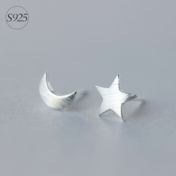 Boho Jewelry 925-Sterling-Silver Crescent Moon & Star Stud Earrings Minimalist Simple Small Earrings For Friends New Year Gift