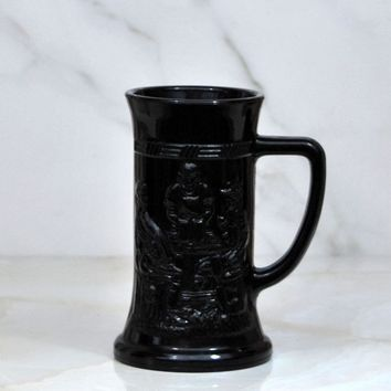 Vintage Indiana Glass Company Tiara Black Amethyst Milk Glass Stein With Embossed German Pub Scene