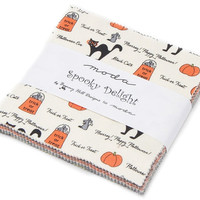 Spooky Delights Charm Pack by Bunny Hill Designs for Moda Fabrics, 5 inch squares