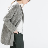 Structured collarless coat