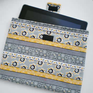 iPad Sleeve Padded Quilted Case Handcrafted Tablet Sleeve Mother's Day Birthday Graduation Gift