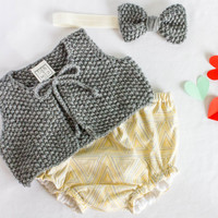 Baby winter vest + bow headband + diaper cover set, hand knitted short baby vest and headband. Cute baby girl coming home outfit