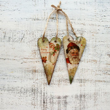 Set of 2 wooden Christmas ornaments Christmas decoration vintage looking hearts boho rustic cottage chic shabby chic