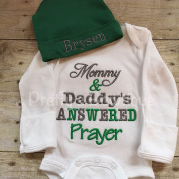Newborn coming home outfit -- Mommy & Daddy's Answered Prayer bodysuit coming home shirtand personalized hat outfit