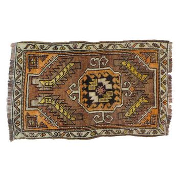 """Pre-owned Small Vintage Oushak Rug - 1'10"""" x 3'"""
