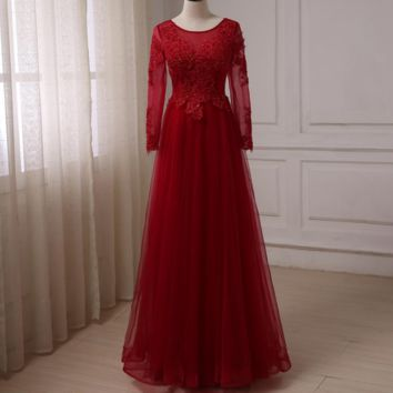 Long Sleeves Prom Dresses Scoop Neck Beaded Applique Tulle A-line Evening Party Dress