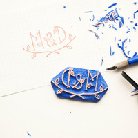 Custom Rubber Stamp for weddings  - DIY Weddinng rubber stamp - Woodland inspired initials stamp
