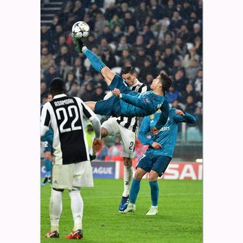 MQ3612 Cristiano Ronaldo Bicycle Kick Cool Super Sport Football Star Art Poster Silk Canvas Home Decor Wall Picture Printings