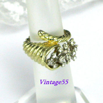 Ring Rhinestone Horn of Plenty Gold tone Thanksgiving