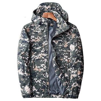 Loldeal Men's Tactical Army Coat Camouflage Softshell Jacket Hunting Camouflage Fleece Army Tactical Clothing Windbreakers