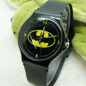 Willis Batman Design Fashion women dress Waterproof Analog Wrist quartz Watch Unisex watches women casual watch