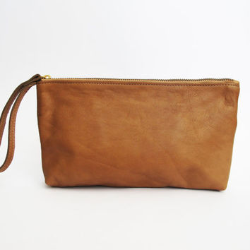 Brown leather wristlet purse - leather clutch SALE cash envelope wallet- leather bag- travel purse- handmade leather bag- women zipper purse