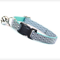"Cat Collar - ""Electric Feel"" - Black Zebra Chevron on Mint"