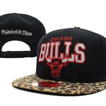 DCCKBE6 Chicago Bulls NBA 9FIFTY Hat M&N Black-Camouflage