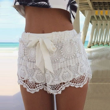 Summer woman Sexy short pants Sweet Style Blue White Lace Casual shorts with bow knot Beach Hot Shorts