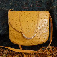 Vintage BALLY tanned brown genuine ostrich leather shoulder pouch bag with B logo motif. Rare masterpiece.