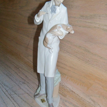 The Veterinarian with Dog Lladro Figurine, 1972 - 1985 Holiday Special Occasion Gift Ideas Christmas Birthday Anniversary LAYAWAY PLAN