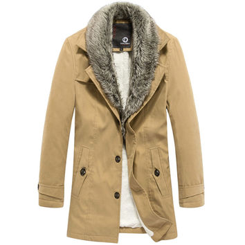 Fashion Men Winter Coat with Attached Faux Fur Collar